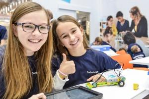 Stand: Lego Education, Schule, Halle 6, Didacta 2016, Copyright KölnMesse